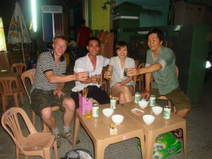 Drinking group Hue