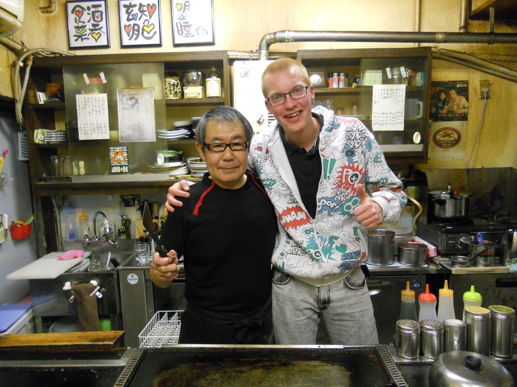 Mijn Japanse chefkok okonomiyaki held